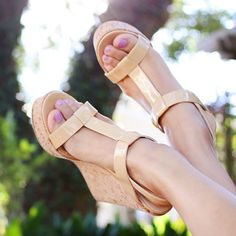 "Dee Keller ""Erin"" wedge Luxury designer Dee Keller ""erin"" wedge in nude. Blogger favorite! As seen on @cmcoving and @shopdandy. Size 7.5. Could fit a 7.5 or 7. Italian leather. Nude patent leather sandal with cork wedge. Shows some wear of cork on back of shoes. Really not very noticeable while wearing shoes. Retail $300. Happy to provide more pictures if needed! Let me know if you have any questions! Dee Keller Shoes Wedges"