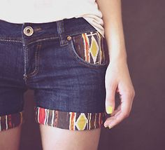 (100+) diy fashion | Tumblr  place fabric over shorts, trace outline of pocket + 1/4 or 1/2'' extra, cut, then fold 1/4 or 1/2'', place in pocket and sew. ((you fold that extra fabric so it looks like a professional seam))