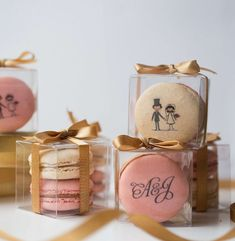 Fantastic Cost-Free Wedding favors - creative gift ideas for wedding guests Suggestions when buying unique wedding gifts for newlyweds, unique gifts that can be located for a long time ma Wedding Gifts For Newlyweds, Wedding Thank You Gifts, Newlywed Gifts, Unique Wedding Gifts, Wedding Favors For Guests, Gifts For Wedding Party, Free Wedding, Bridal Gifts, Unique Weddings