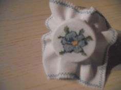 Cover jar with cross-stitch