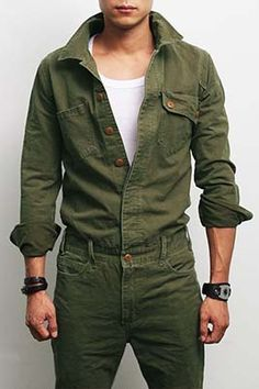 Don't know if this is available to buy but love the look! Mens Fashion Military Look Khaki One Piece Jumpsuit Overall Jean, GENTLERSHOP Mode Cool, Estilo Cool, Military Looks, Military Style, Military Fashion, Mens Fashion 2018, Fall Fashion, Work Wear, Casual Outfits