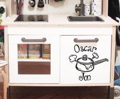 Aufkleber Vinyl  kinder ww.missmartly.ch Vinyl, Oven, Kitchen Appliances, Baby Favors, Sticker, Amazing, Kids, Diy Kitchen Appliances, Home Appliances