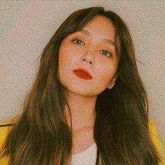 Kathryn Bernardo Hairstyle, Filipina Beauty, Daniel Padilla, Aesthetic Girl, Ulzzang Girl, Wallpaper Quotes, Girl Photos, Makeup Looks, Parents