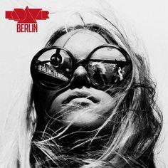 Frau im Mond, Berlin. Stoner Rock, Cinematic Photography, Fine Art Photography, Portrait Photography, Fashion Photography, Urban Photography, Black And White Girl, White Girls, Disco Berlin