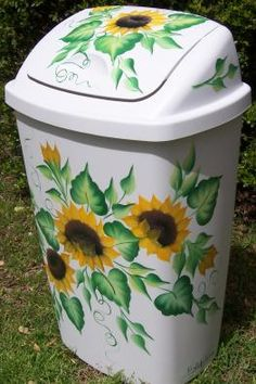 sunflower decor for kitchen | ... in painted kitchen wastebaskets next in painted kitchen wastebaskets