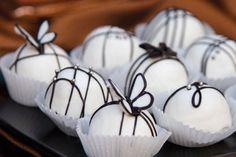 black and white cake pop ideas