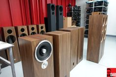 For connoisseurs of loudspeaker production and moving pictures.