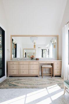 Home Interior Decoration .Home Interior Decoration Bad Inspiration, Decoration Inspiration, Bathroom Inspiration, Master Bathroom Vanity, Bathroom With Makeup Vanity, Modern Makeup Vanity, Toilet Vanity, Bathroom Tray, Concrete Bathroom
