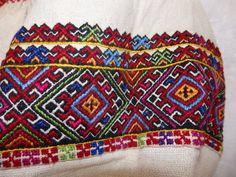 Folk Embroidery, Ukraine, Bohemian Rug, Blanket, Rugs, Crochet, Dishes, Farmhouse Rugs, Ganchillo