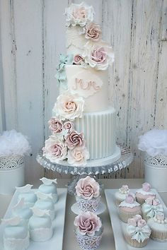 cake! I could have a dozen gf cupcakes...