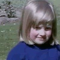 ladyofwales: Gif of a young Diana Spencer http://www.pinterest.com/mimilynnwalsh/world-royalty/