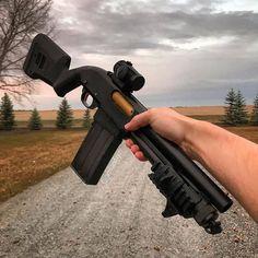 "dailygundose: ""▪️ Tag for a feature! _________________________________________________________ ・・・ // - Disclaimer: shotgun is unloaded and pointed. Tactical Shotgun, Tactical Gear, Weapons Guns, Guns And Ammo, Indoor Shooting Range, Battle Rifle, Firearms, Shotguns, Custom Guns"