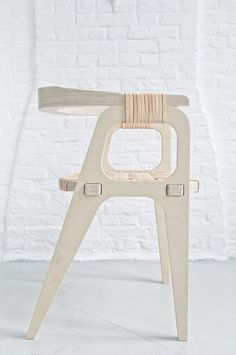 Assemblage BIND CHAIR Found on studio-klaer.com