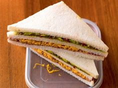 Ob im Büro, zu Hause oder unterwegs: Das Rezept für Avocado-Tramezzini bringt den Sommer auf euren Teller.