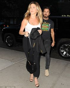 Step out in some barely there sandals like Jennifer Click 'Visit' to buy it now! #DailyMail
