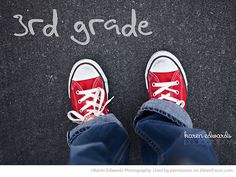 Fun Back to School Photo Ideas - photo by Karen Edwards Photography via iHeartFaces.com