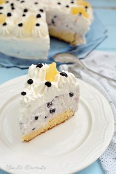 Tort cheesecake cu ananas și afine Healthy Options, Cheesecakes, Ricotta, Ice Cream, Cooking Recipes, Sweets, Cookies, Breakfast, Easy