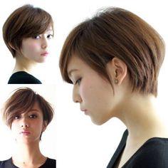 ハンサムショート 大人かわいい 外国人風 ナチュラル ヘアスタイルや髪型の写真・画像 Asian Short Hair, Short Pixie, Short Bob Hairstyles, Cut And Style, Short Hair Styles, Hair Cuts, Hair Beauty, Gorgeous Hairstyles, Hairstyle Ideas