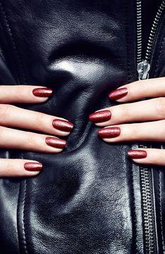 Leather effect nail polish