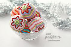 This is a crochet PDF pattern for Colorful Christmas Star Ball. The pattern is very detailed and is written in standard American terms. The Christmas decorations that you can create with this pattern will measure about 3 inches cm) in diameter. Crochet Ball, Crochet Home, Knit Or Crochet, Crochet Crafts, Crochet Projects, Sewing Crafts, Crochet Granny, Crochet Christmas Ornaments, Holiday Crochet