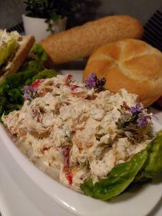Esmeralda ze smakiem: Pasta z tuńczykiem i oliwkami (do pieczywa)