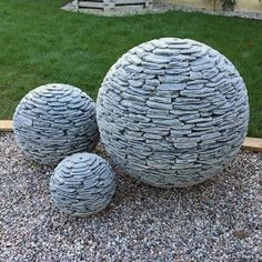 3-slate-ball-features