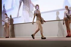 tendencias en la pasarela: La Moda es Tecnología
