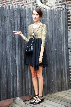 Love her dress and flats !