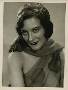 Joan Crawford, The Unknown, 1927 (photo by Ruth Harriet Louise) (costumes by Lucia Coulter)
