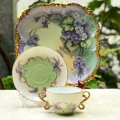 Vintage China Vintage Double Handle Teacup by Limoges France - Tea Cup Set, My Cup Of Tea, Tea Cup Saucer, Antique Tea Sets, Tea Sets Vintage, Teapots And Cups, Teacups, China Tea Cups, China Painting