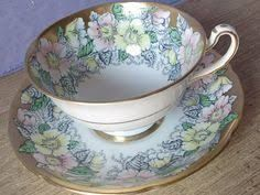 Resultado de imagem para Xicaras de chá antigas