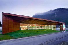spar supermarket architecture
