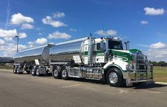 KENWORTH-T406, S.A.R. Fuel Tanker.