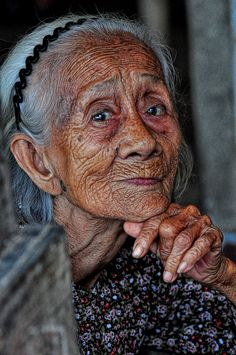 Vietnamese Lady - Cai Be. Mekong Delta She was once a beautiful young lady . still beautiful