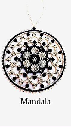 Beaded Earrings Native, Beaded Earrings Patterns, Beading Patterns Free, Bead Loom Patterns, Beaded Rings, Beaded Jewelry, Beaded Crafts, Beaded Ornaments, Beaded Bracelets Tutorial