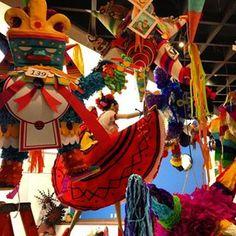 Piñatas~Creatividad en las piñatas mexicanas