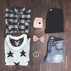 Can't decide between the or the You can layer! What's Trending, Flannel Shirt, Ootd, Plaid, Fashion Outfits, Stars, My Style, Spring, Clothing