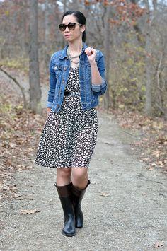 Lovin Sydney's Fashion Diary \ #BR rainboots, sweet heart patterned dress, and bowtie belt
