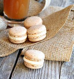 Cinnamon Apple Cider Macarons - heathersfrenchpress.com #macarons