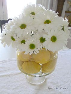 Easy Lemon and Daisy Centerpiece - Live Creatively Inspired