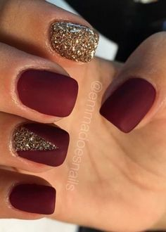 Want to get ideas for red nails this fall ? Find inspiration in the photos below and get ideas for your own nail designs and colors! Classy burgundy gel nails for fall and winter Image source Fall Nail Designs, Cute Nail Designs, Art Designs, Holiday Nails, Christmas Nails, Hair And Nails, My Nails, Nails 2017, Nail Polish