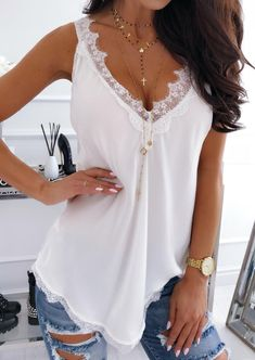 2020 Summer V-neck Lace Chiffon Blouse Shirt Spring Sleeveless Embroidery Patchwork Tank Tops Women Backless Sexy Vest Feminina Trendy Outfits, Cute Outfits, Fashion Outfits, Vest Outfits, Spring Shirts, Matching Family Outfits, Latest Fashion For Women, Ideias Fashion, Tank Tops