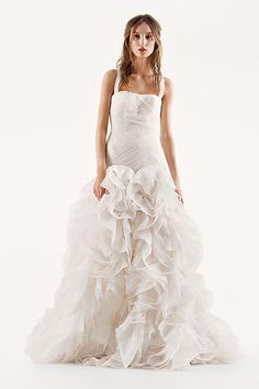 Vera Wang wedding dresses designed a stunning collection for David's Bridal at an affordable price. Try on a gorgeous Vera Wang White designer wedding gown today! Organza Bridal, Wedding Dress Organza, Pink Wedding Dresses, Fit And Flare Wedding Dress, Wedding Dress Styles, Bridal Dresses, Tulle Wedding, Gown Wedding, Organza Flowers