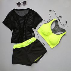 First of all, Women Breathable Three Piece Yoga Outfit Set is all you need in order to get a fashionable set of yoga wear. Hot Yoga Wear, Yoga Gym, Gym Wear, Workout Wear, Nike Jacket, Two Piece Skirt Set, Rompers, How To Wear, Vest
