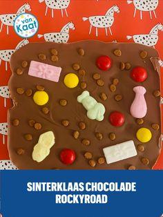 Kom helemaal in Sinterklaas sfeer met lekker traktaties en snack in sintthema. Maak bijvoorbeeld heel simpel deze sinterklaas chocolade. Lees deze en nog meer recepten in mijn blog. Snacks, Cookies, Desserts, Blog, Crack Crackers, Tailgate Desserts, Appetizers, Deserts, Biscuits