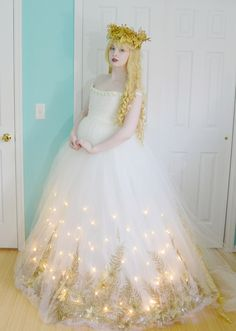 This is going to be a continuation to my last post, where I talked about making a glittery, light up, christmas skirt. Though this may be significantly less interesting because it doesn't inv…