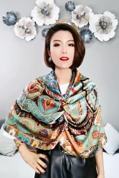Ways To Tie Scarves, Ways To Wear A Scarf, How To Wear Scarves, Girls Fashion Clothes, Winter Fashion Outfits, Fashion Dresses, Scarf Wearing Styles, Scarf Styles, Scarf Knots