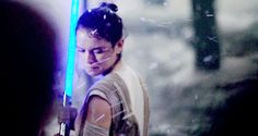 """""""Daisy Ridley looking like an ethereal queen"""""""
