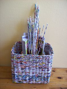 Baskets woven from waste paper - what a neat idea! ~ created by Emilia Majek       I have 66 magazines, 300 newspapers. Today is a DIY kind of day.