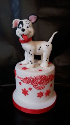 Tried to make a dalmation dog on all fours .pleased with him. Dog Cake Topper, Cake Toppers, Dog Cakes, Jethro, Dalmatians, Holiday Cakes, Cakes For Boys, Macaroons, Cake Designs